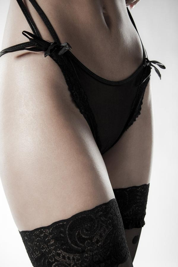 Halterneck-body med knästrumpor