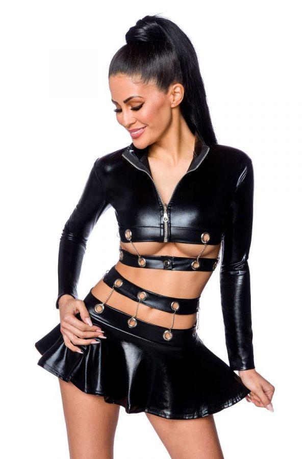 Kjol och jacka i wetlook med ringar och kedjor av metall