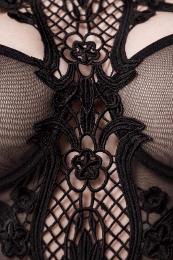 Komplett underklädesset med stort spetsmönster